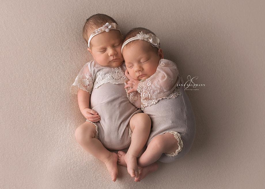 Zwillinge-neugeborene